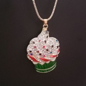 NWT Yum crystal cupcake necklace by Betsey Johnson